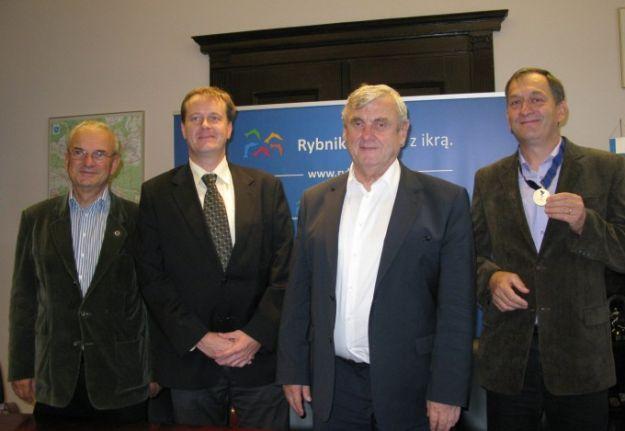 Prezydent Rybnika Adam Fudali gościł delegację Aeroklubu fot. A. Kolenda / UM Rybnik